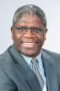Dr. Earlando Thomas